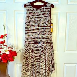 NWT FULLY LINED STRETCH LAYERED TOOLE DRESS S-12